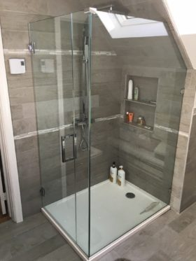 Corner Frameless Enclosure