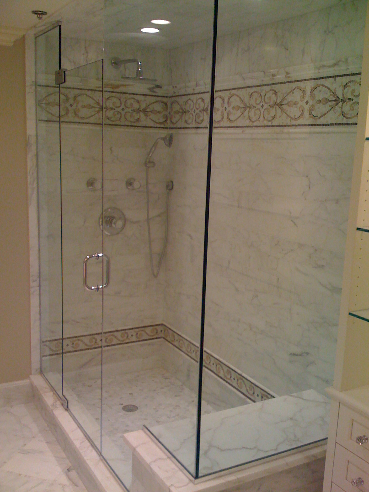 Double Shower With Window